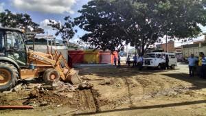 Prefeitura da Serra manda derrubar trailers e deixa comerciantes indignados
