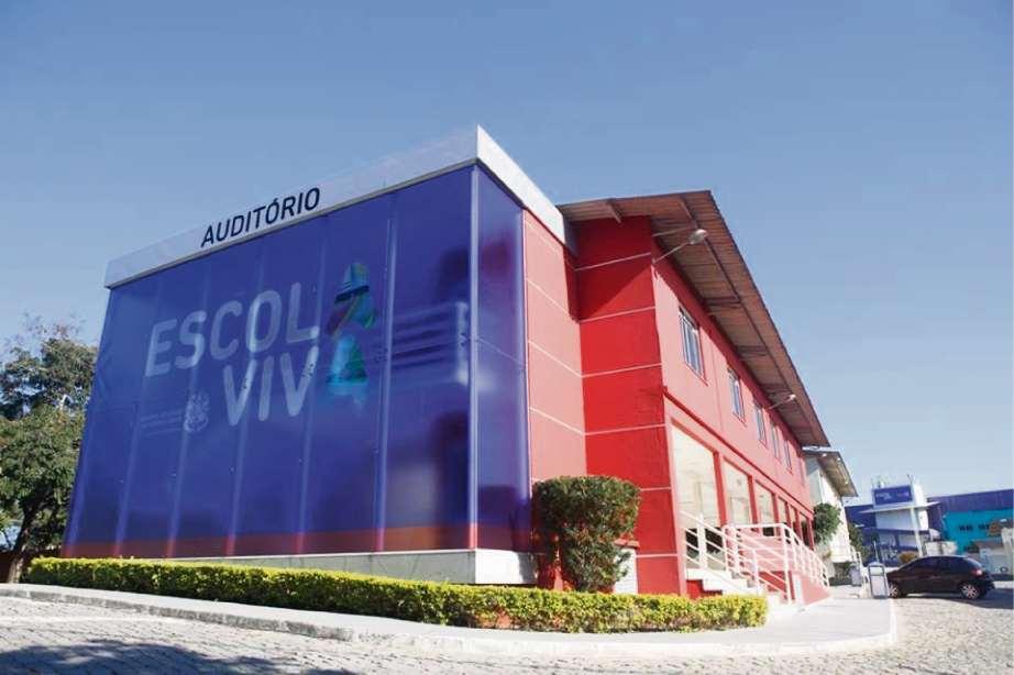 Governador inaugura Escola Viva na Serra