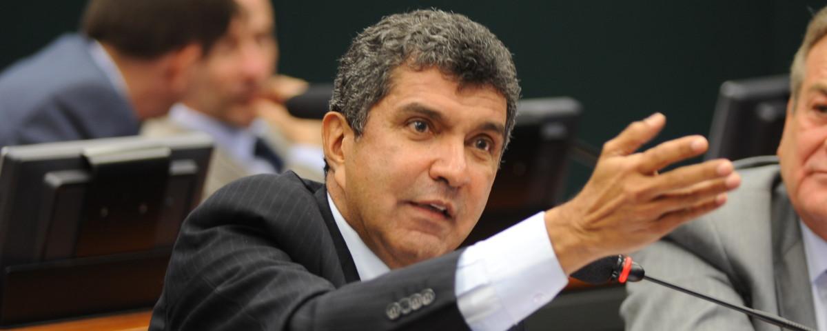 Deputado Sérgio Vidigal garante 100 milhões para aeroporto da Serra