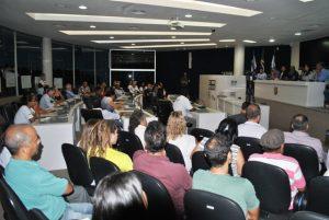 Ambientalistas e pescadores debatem na Câmara a mortandade de peixes na Lagoa Juara