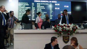 Clima de verão na Serra, esquenta os ânimos na posse dos vereadores