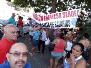 Read more about the article Trabalhadores protestam atraso em pagamentos