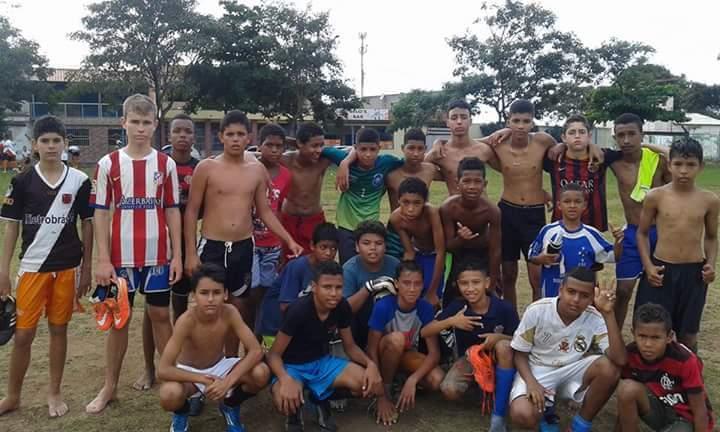Projeto Social Escolinha de Futebol Unidos da Vila