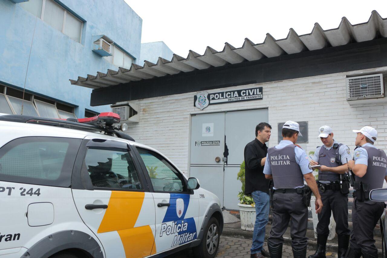 """You are currently viewing Maio Amarelo: Policiais militares e civis realizam operação """"Transporte Clandestino"""" em Vila Velha"""