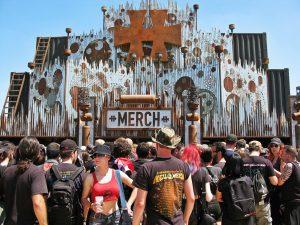 Bar Grappino abre série de exposições fotográficas com a temática Público de Festivais de Rock